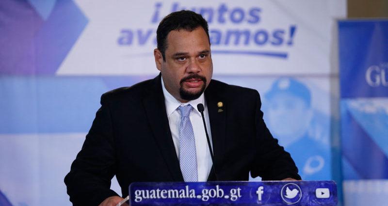 Ministro de Comunicaiones José Luis Benito