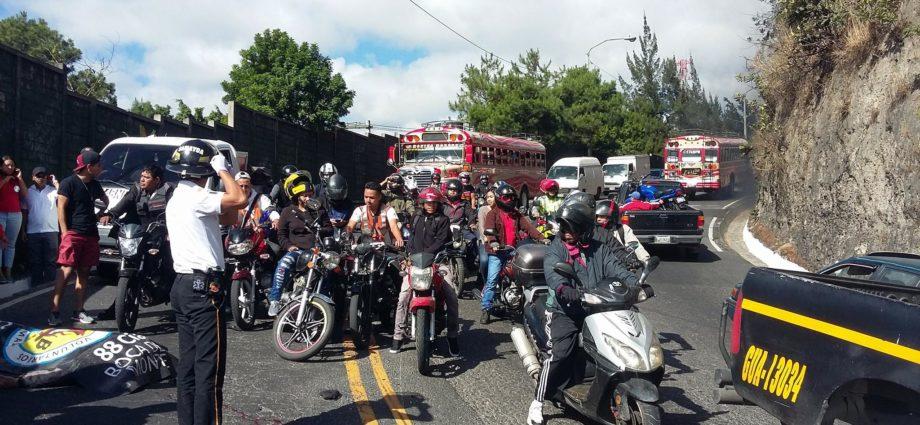 Accidente de motoristas en Guatemala