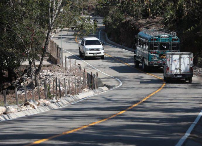 Tramo carretero en Santa Rosa