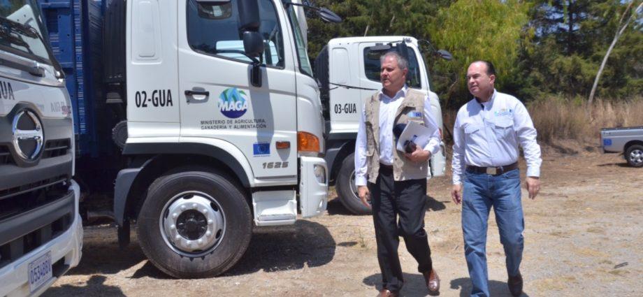 MAGA recibe nuevos vehículos para apoyar el desarrollo rural