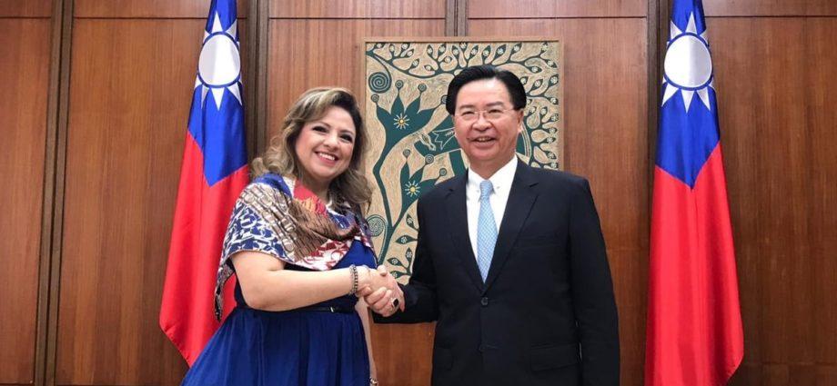 Cancilleres de Guatemala y República de Taiwán