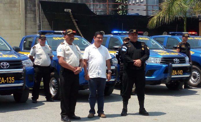 Entregan autopatrullas nuevas a PNC de Izabal