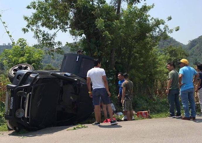 Jugadores de Cobán Imperial sufren accidente de tránsito