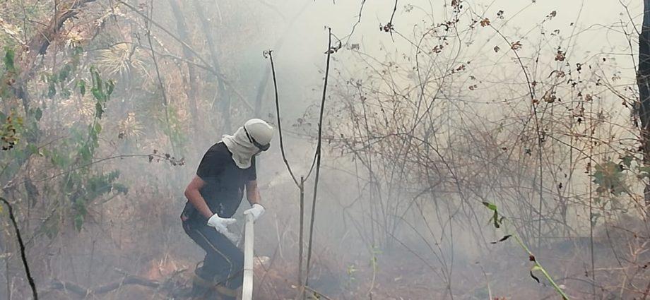 Incendio forestal en El Tronco, El Encinal, zona 7 de Mixco