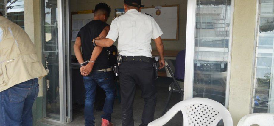 hombre capturado por asesinar a su madre en petén guatemala
