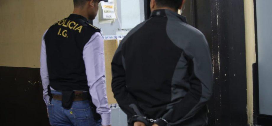 capturan a agentes de la PNC integrantes de banada Los Primos