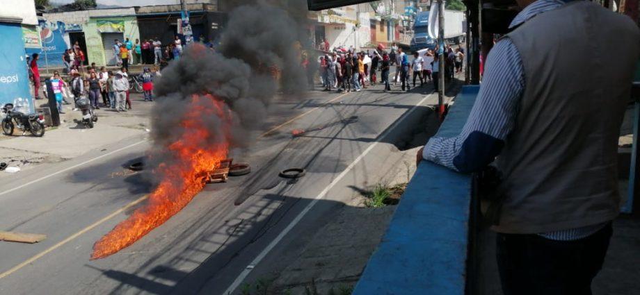 Disturbios en Barcenas Villa Nueva