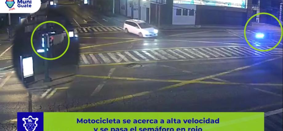 motorista se pasa semáforo en rojo y colisiona con vehículo en zona 10