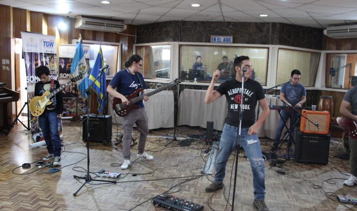 Banda de rock alternativo IRIDIUM