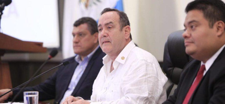 presidente de Guatemala se reune con presidente del legislativo